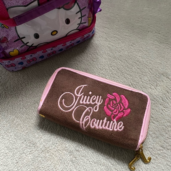🍒SOLD❕90s JUICY COUTURE VELOUR WALLET